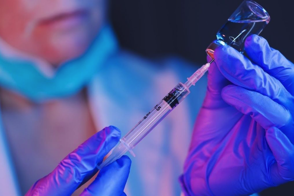 Očkovanie alebo genetická liečba
